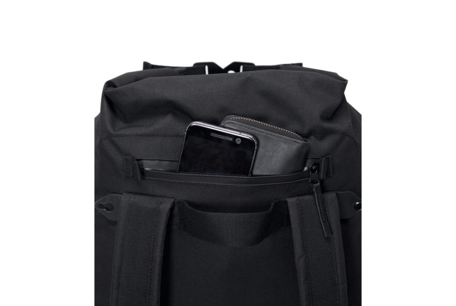 Frederik-Backpack_Stealth-Series_Black_4_28d05c89-b68e-417f-b60b-e54246fcfb63_2000x